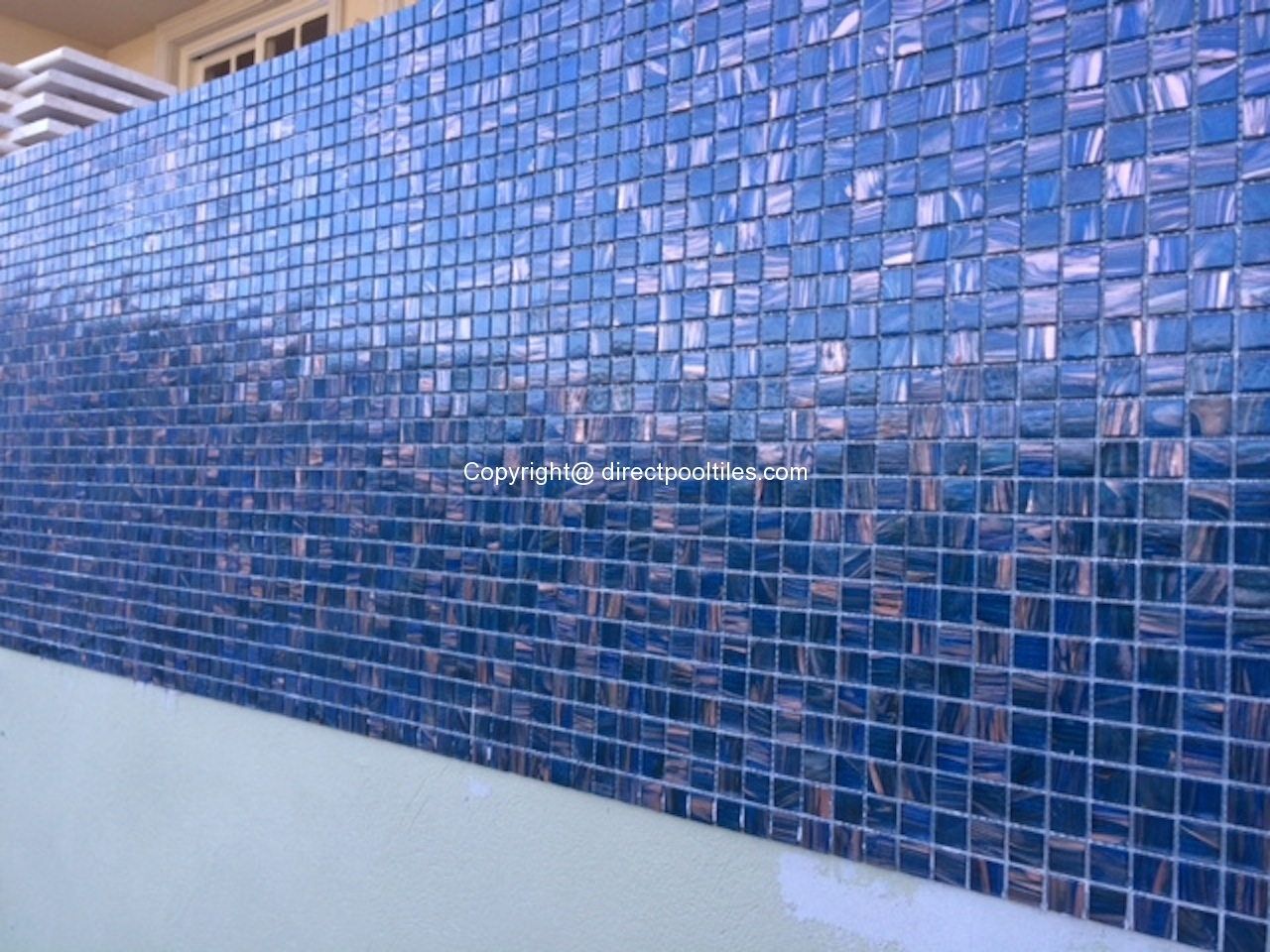 Finished tile gallery finished glass tile gallery for Swimming pool tile pictures